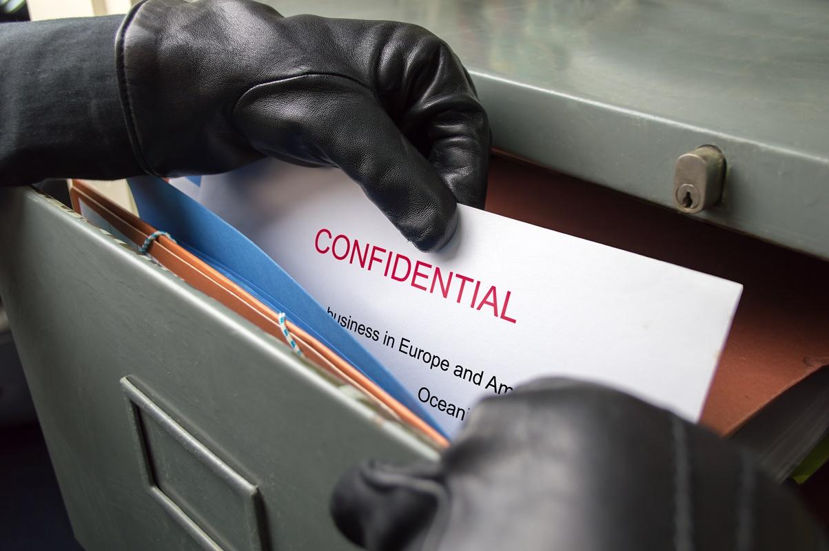 Biznes bez wycieku. Jak bronić się przed szpiegami